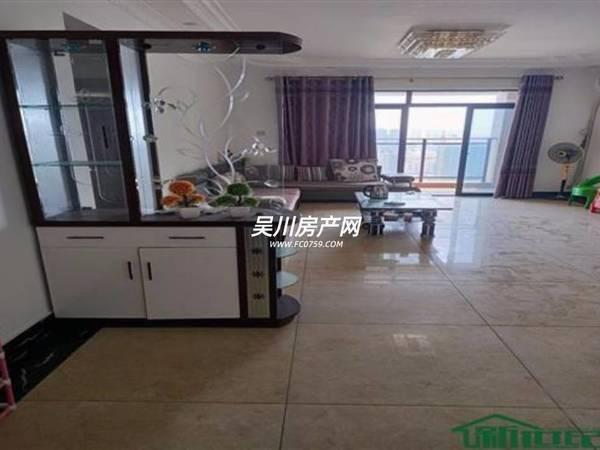 出租海岸 萬和城3室2廳2衛130平米2600元/月住宅