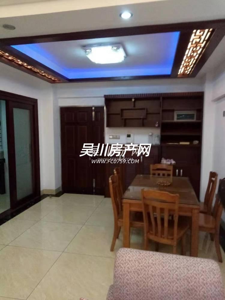 出租鸿涛 金第华府3室2厅2卫130平米2000元/月住宅