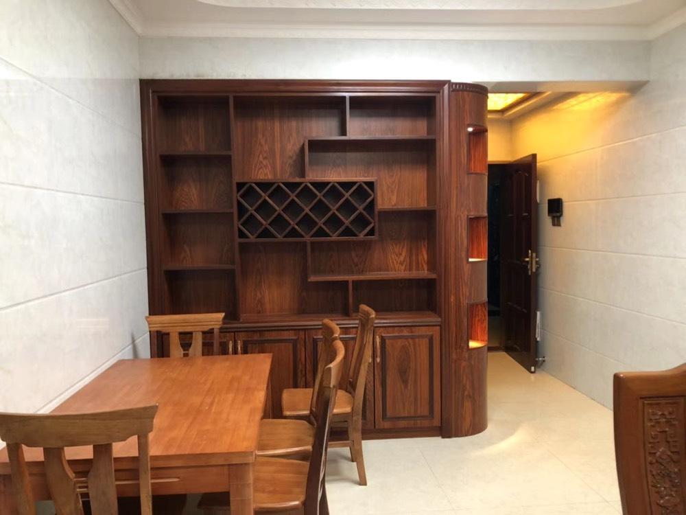 出租万和城2房,精装新净,楼层靓。