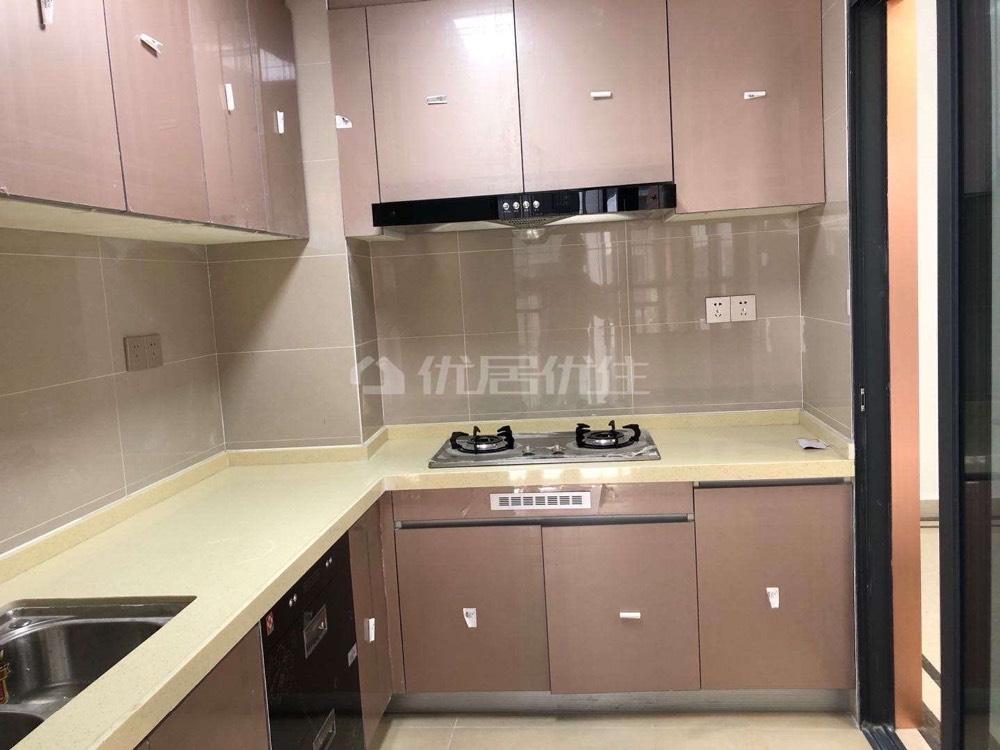 出租金沙广场 华府3室2厅2卫110平米2500元/月住宅
