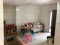 出售财富名门,正规三居室,房型正气,交通便利,小区优美。
