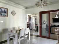 出售吴川第一城4室2厅3卫135平米90万住宅