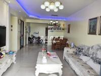 出售吴川第一城4室2厅2卫124平米74万住宅