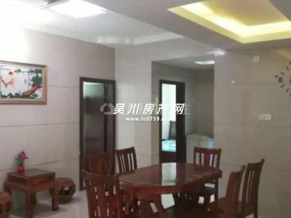 出售锦绣华庭5室2厅2卫147.84平米65万住宅