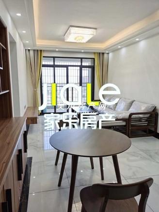 出售海岸 万和城2室2厅1卫75平米65万住宅