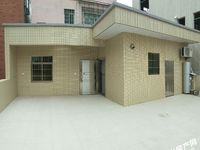 大有岭建兴小学附近出租一室一厅一厨一卫,一楼门口可作商铺或仓库出租。