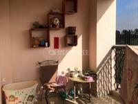 锦绣华景 精装大三房 低层户型 客厅宽敞舒适 环境清静空气清新