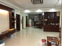 出售金泉广场3室2厅2卫145平米83万住宅