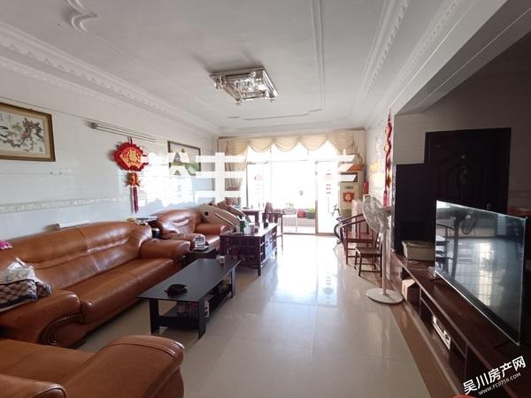 出售大有庭园 4室2厅2卫153平米71万住宅