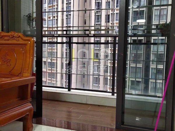 出租海岸 万和城3室1厅1卫89平米2300元/月住宅