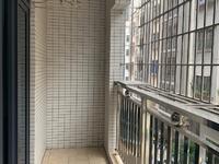出租私人楼电梯2房,家私家电齐全,干净整洁,舒适大方,拎包入住。