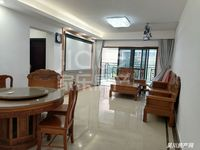 出售金沙广场 华府3室2厅2卫121平米102万住宅