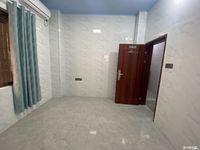 出租中心地段奥园广场对面单间月租580可押一付一有空调